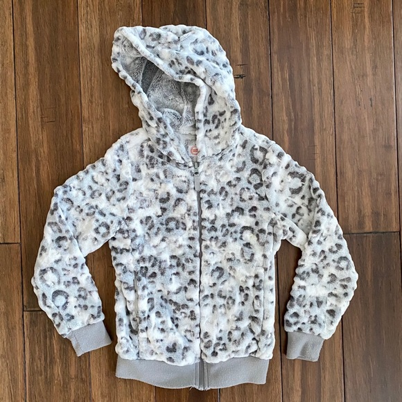 ⭐️ Wonder Nation Snow Leopard Jacket size M 7/8